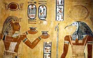 https://www.diggita.it/modules/auto_thumb/2019/06/13/1641776_800px-RamsesIII_and_Thoth_in_QV44_thumb.jpg
