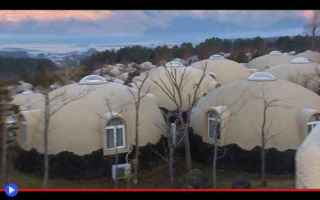 Architettura: case  abitazioni  materiali  polistirolo