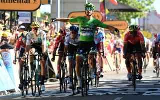 Nella quinta tappa del Tour, arriva il riscatto di Peter Sagan che dopo aver deluso alle classiche,