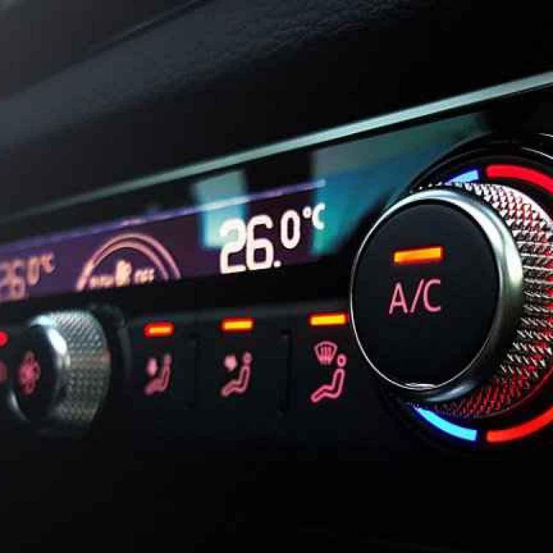 auto  aria condizionata  estate