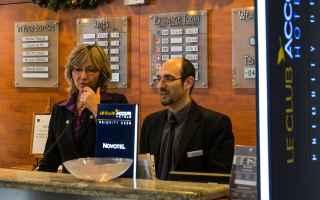 Lavoro: divise  albergo