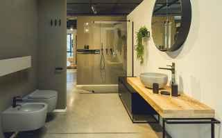 Design: piantana  accessori bagno  arredobagno
