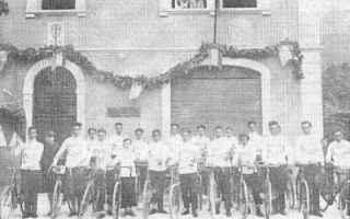 Storia: bicicletta squadra misericordia